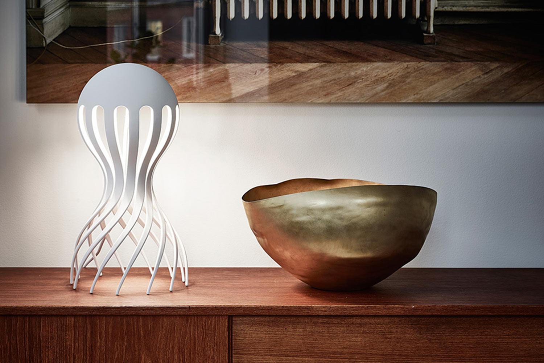 Cirrata_Oblure_table_lamp